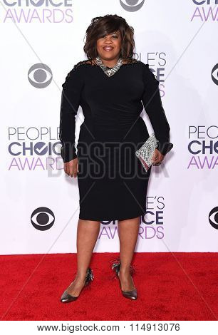 LOS ANGELES - JAN 06:  Chandra Wilson arrives to the People's Choice Awards 2016  on January 06, 2016 in Hollywood, CA.