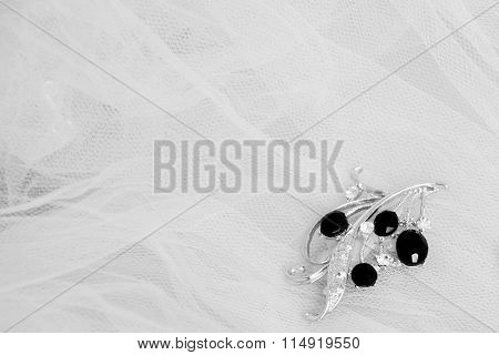 White and black wedding jewelry brooch