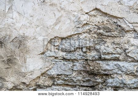 The Old Crumbling Plaster, Background