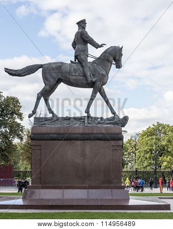 Citizens Visiting The Sights  Near The Monument To Zhukov
