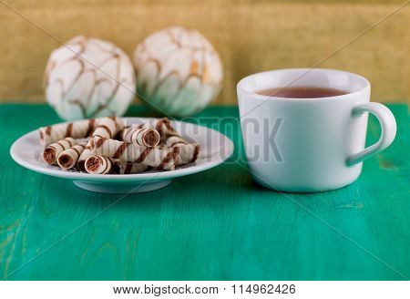 Wafer tubules and tea