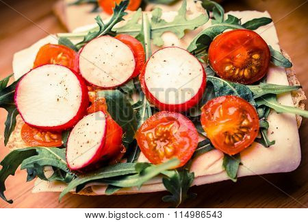 Fresh Vegetable Sandwich
