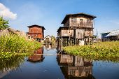 Постер, плакат: Fishermens village on the Inle Lake
