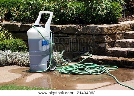 Industrial fertilizer sprayer