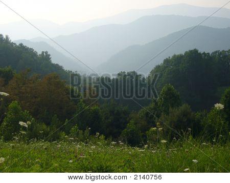 Sierras de verano azul