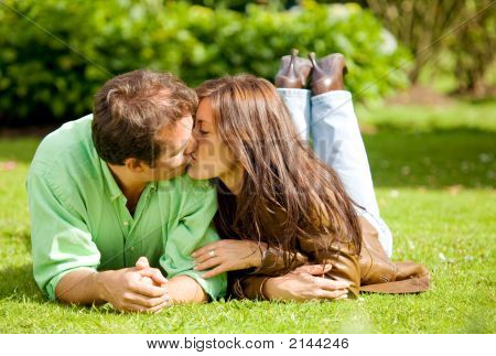 Couple Portrait Kissing