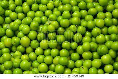 Fresh Organic Green Plums
