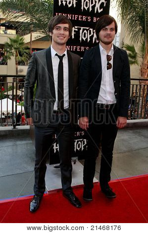 LOS ANGELES - SEP 16: Brendon Urie and Spencer Smith (Panic at the Disco) at the 'Jennifer's Body' Hot Topic Fan Event at Hollywood and Highland in Los Angeles, California on September 16, 2009