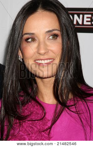 LOS ANGELES - APR 7: Demi Moore at the premiere of 'The Joneses' at the ArcLight Theater in Los Angeles, California on April 7, 2010