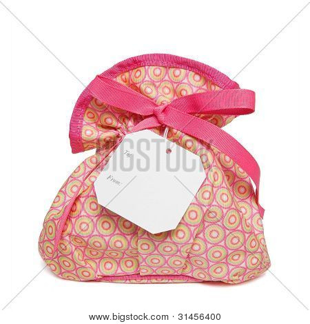Isolated objects: bag with gift tag