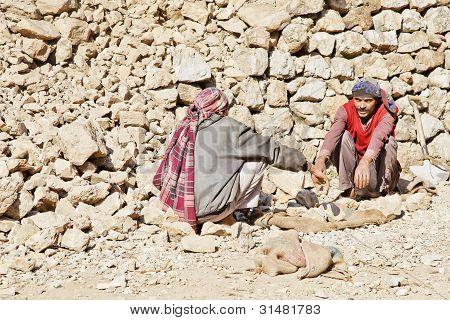 Kashmiri Rock Carriers Taking Chat Break