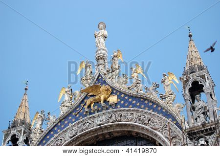 Details on Basilica of St. Mark in Venice, Italy