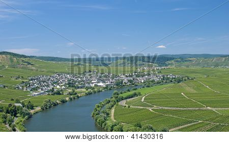 Leiwen,Mosel River,Germany