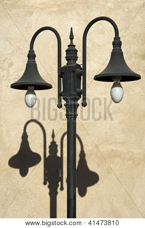 Double street light