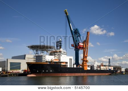 Support Vessel