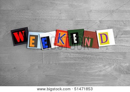 Weekend - Sign