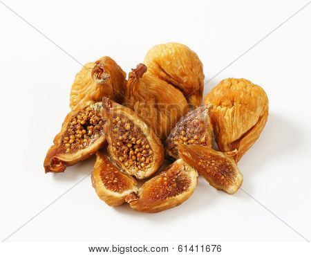 overhead view of dried figs with halved pieces
