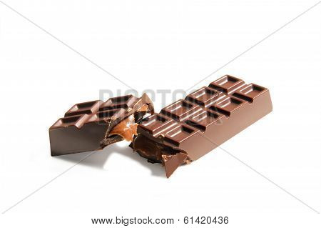 Broken Chocolate Candybar With Caramel Stuffing