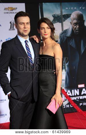 LOS ANGELES - MAR 13:  Taran Killam, Cobie Smulders at the