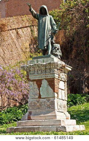 Statuette at Capitoline Hill, Rome