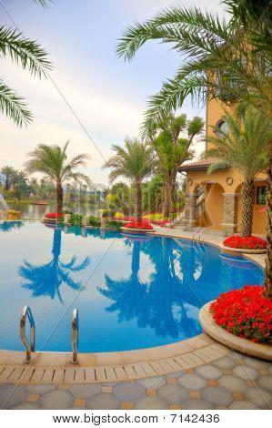 Luxury Courtyard