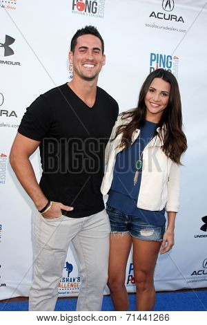 LOS ANGELES - SEP 4:  Josh Murray, Andi Dorfman at the Ping Pong 4 Purpose Charity Event at Dodger Stadium on September 4, 2014 in Los Angeles, CA
