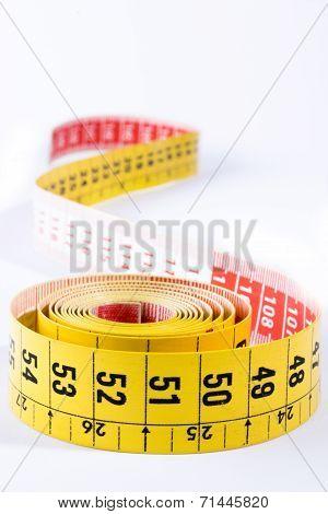 Meter tape vertical