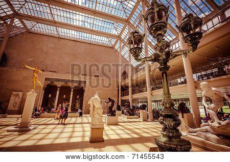 Metropolitan Museum Of Art, New York City, Usa