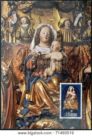 LIECHTENSTEIN - CIRCA 1982: A stamp printed in Liechtenstein dedicated to Sculptures