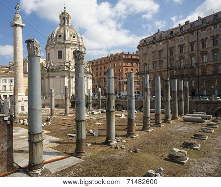 Ancient Roman Ruins - Colonnade