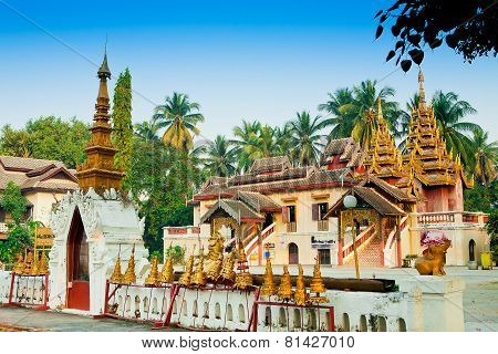 Wat Sri Chum Lampang City