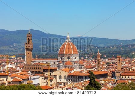 Florence river embankment of Arno and Cathedral of Santa Maria del Fiore