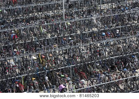 DELFT,NETHERLANDS - SEPTEMBER 17,Mass bicycle storage of the railway station