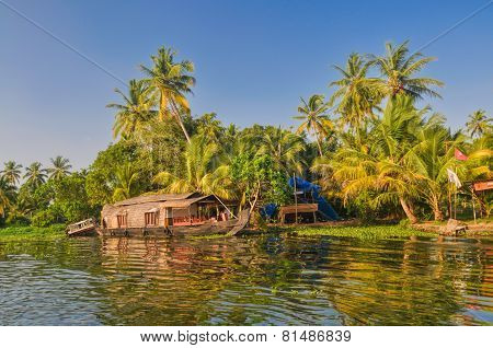 Houseboat In India