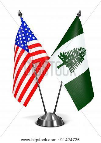 USA and Norfolk Island - Miniature Flags.