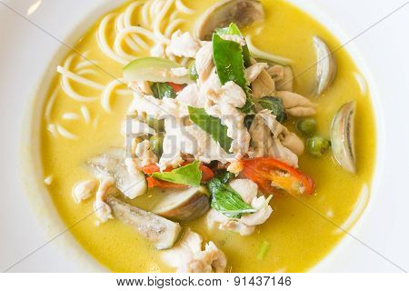 Thai Green Curry Chicken Spaghetti