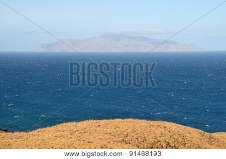 Plateau Staring At Brava
