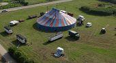 pic of caravan  - A circus  - JPG