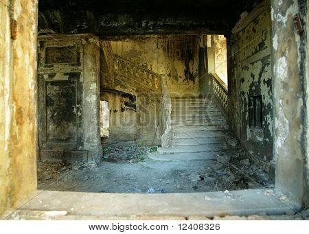 Alte Architektur. Zerstörung Gebäude. Ruinen