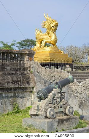 View of the sculpture golden dragon on the terrace of the forbidden Imperial city. Hue, Vietnam