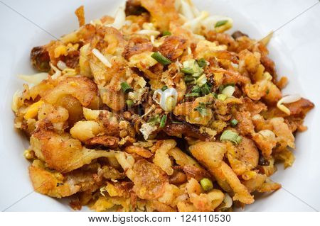 Crisp fried mussel pancakes , Shell fried with vegetables , Hoi Tod