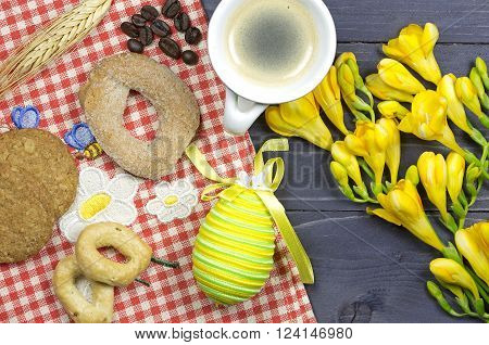 aster breakfast table decorated with yellow freesias
