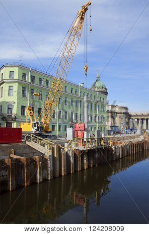 ST. PETERSBURG, RUSSIA - MARCH 24, 2014: Overhaul of the granite embankment of Griboyedov canal