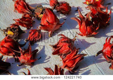 Dried hibiscus flowers / Hibiscus sabdariffa / Roselle / Healthy Food Alternative Medicine Drinks