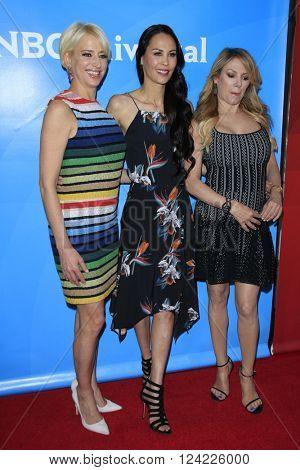 LOS ANGELES - APR 1:  Dorinda Medley, Ramona Singer, Julianne Wainstein at the NBC Universal Summer Press Day 2016 at the Four Seasons Hotel on April 1, 2016 in Westlake Village, CA