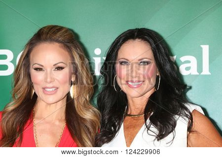 LOS ANGELES - APR 1:  Tiffany Hendra, Leeanne Locken at the NBC Universal Summer Press Day 2016 at the Four Seasons Hotel on April 1, 2016 in Westlake Village, CA