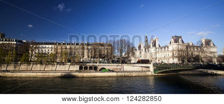 PARIS, FRANCE- MARCH 25, 2016: Pont Neuf bridge in the sunset and Ile de la Cite, Paris - France