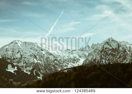 A beautiful snowcapped mountain range in the Bavarian alps