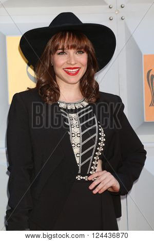 LAS VEGAS - APR 3:  Renee Felice Smith at the 51st Academy of Country Music Awards Arrivals at the Four Seasons Hotel on April 3, 2016 in Las Vegas, NV