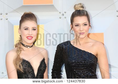 LAS VEGAS - APR 3:  Maddie & Tae at the 51st Academy of Country Music Awards Arrivals at the Four Seasons Hotel on April 3, 2016 in Las Vegas, NV